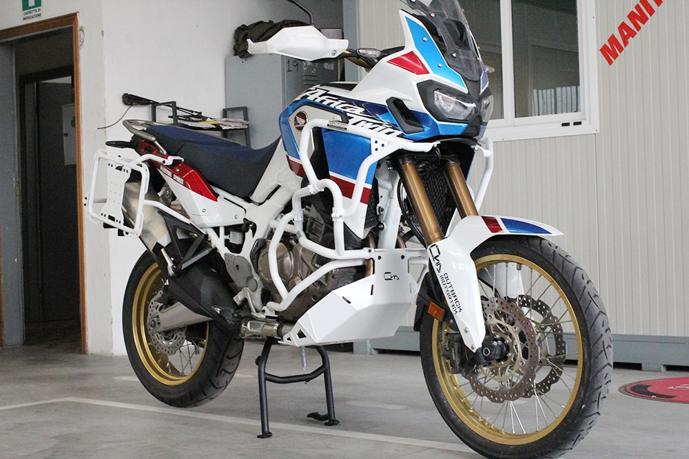 honda africa twin 1000 protection combo max outback. Black Bedroom Furniture Sets. Home Design Ideas